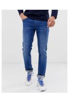 BOSS - Delaware - Schmal geschnittene Jeans in verwaschenem Mittelblau - Blau(94155690)