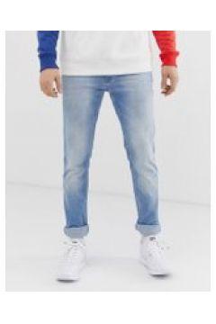 Tommy Jeans - Scanton - Schmale Jeans in heller Waschung - Blau(95030375)