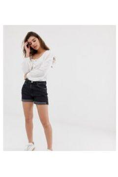 Weekday - Schwarze Shorts aus Bio-Baumwolle mit aufgerolltem Saum - Schwarz(91568015)