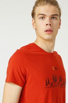 National Geographic T-Shirt(123483162)