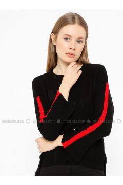 Red - Black - Crew neck - Acrylic -- Knitwear - REPP(110337619)