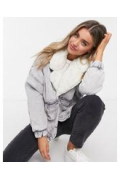 Bershka - Giacca di jeans oversize con colletto in pelliccia sintetica lavaggio acido grigio(123472961)