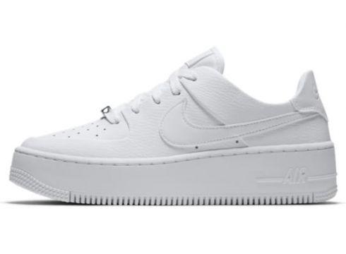 Nike Air Force 1 Sage Low Kadın Ayakkabısı(117571603)